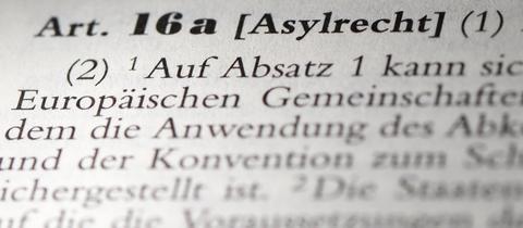 Asylrecht-Paragraph