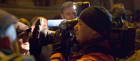 Kameramann auf Pegida-Demonstration