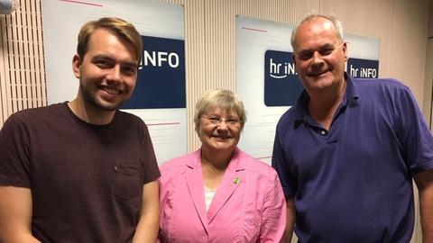 Philip Krämer, Sigrid Erfurth und Christoph Käppeler im hr-iNFO-Studio
