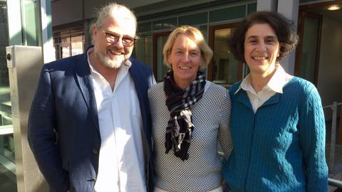 Stefan Bücheler, Martina Voss-Tecklenburg und Martina Knief (von links)