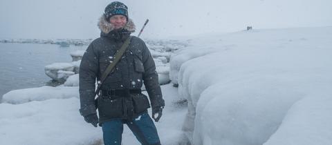 Arktisforscher Markus Rex in einem Schneeanzug