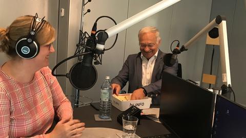 Martin Patzelt mit hr-iNFO-Redakteurin Franka Welz
