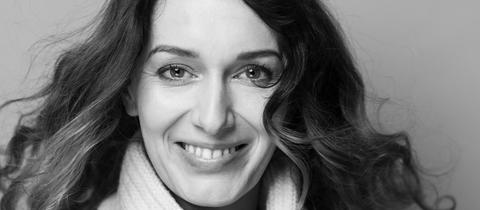 Verena Friederike Hasel, Autorin und Journalistin