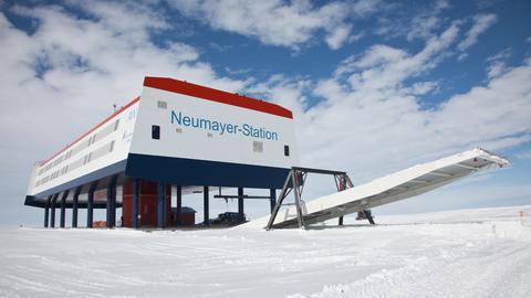 Die Forschungsstation Neumayer III in der Antarktis
