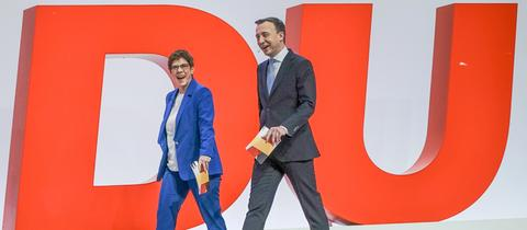 Annegret Kramp-Karrenbauer und Paul Ziemiak auf dem CDU-Bundesparteitag