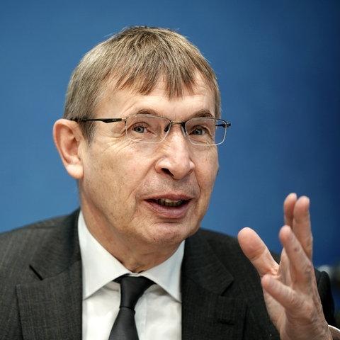 Klaus Cichutek, Präsident des Paul-Ehrlich-Instituts