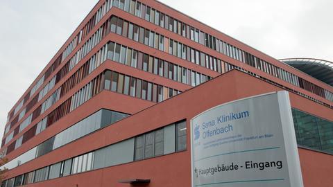 Außenansicht der Sana-Kliniken in Offenbach
