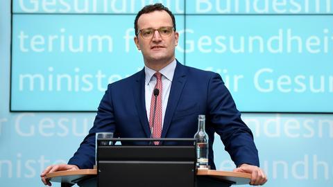 Jens Spahn bei einer Pressekonferenz