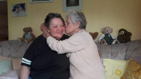 Katharina Sprenger mit ihrer Tochter Tatjana Goronzy