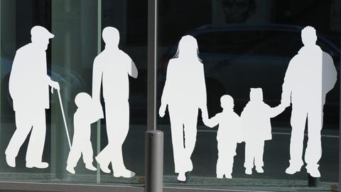 Silhouetten von mehreren Generationen