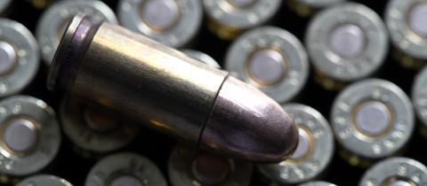 Waffen-Munition