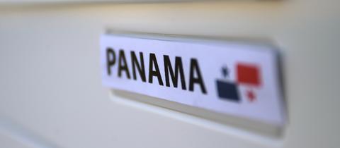 Panama-Schriftzug