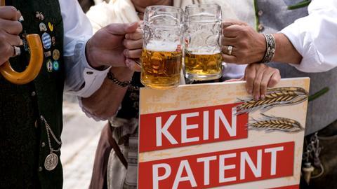 Proteste gegen ein Patent auf Braugerste