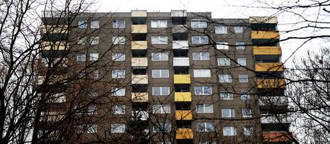 Ein Wohnblock, aufgenommen am 09.01.2017 in Frankfurt am Main (Hessen).