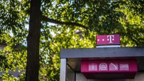 Dach der Telefonzelle von der Telekom