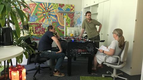 Henning Steiner, Oliver Günther und Heike Ließmann im Büro