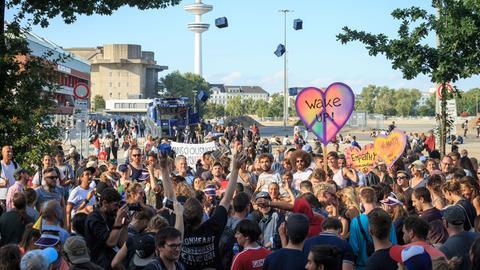 Junge Protestanten während des G20 Gipfels in Hamburg 2018
