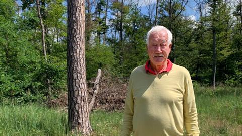 Förster Arnulf Rosenstock im Pfungstädter Wald