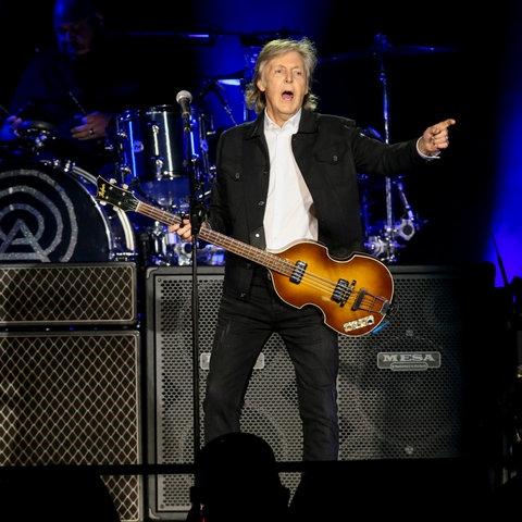 Paul McCartney bei einem Konzert 2019 in Los Angeles