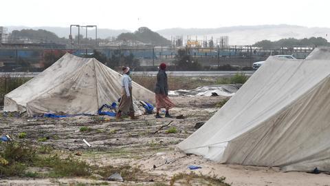 Zelte in einer Armensidelung in Cape Town