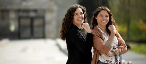 Dunja und Pola zeigen, dass sie starke Frauen sind