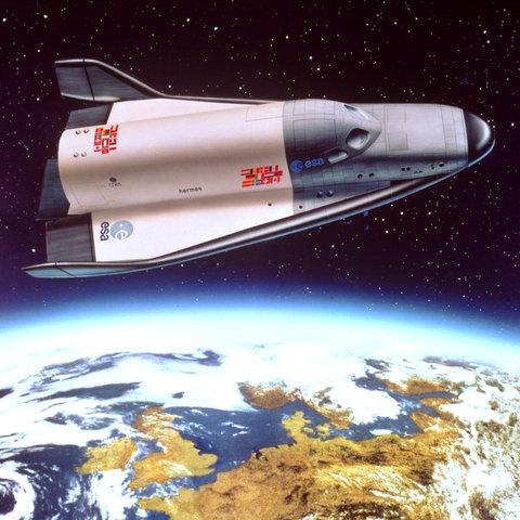 Die geplante ESA-Raumfähre Hermes in der Erdumlaufbahn (Illustration)