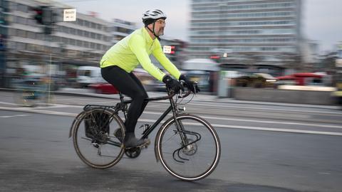 Radfahrer an der Konstablerwache in Frankfurt