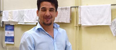 Flüchtling Abdullah (Syrien) in der Weberei Langheinrich
