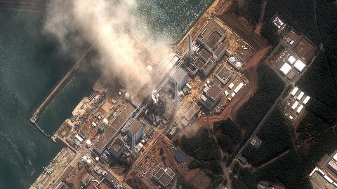 Satellitenaufnahme des Kernkraftwerks Fukushima (14.3.2011)