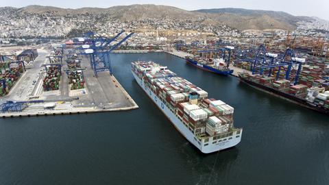 Hafen von Piräus (Griechenland)