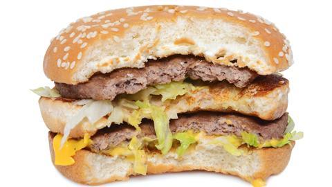 Ein halb aufgegessener Big Mac