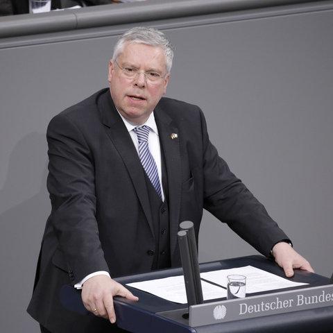 Jürgen Hardt bei einer Rede im Bundestag