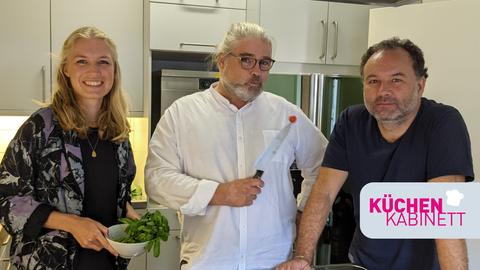 """Lisa Muckelberg, Stefan Bücheler und Riccardo Mastrocola im hr-iNFO """"Küchenkabinett"""""""