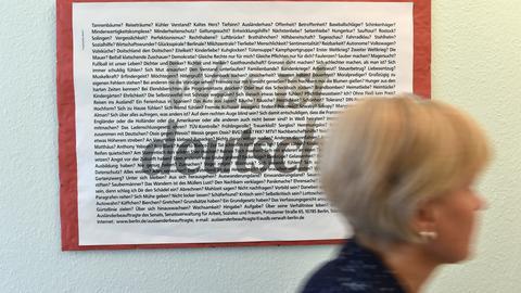 """Ein Schild mit der Aufschrift """"Was ist deutsch"""""""