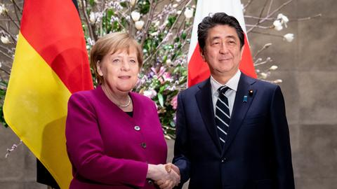 Bundeskanzlerin Angela Merkel mit Japans Ministerpräsident Shinzo Abe