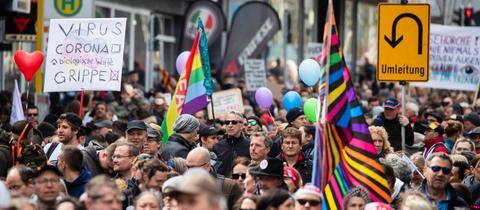 Querdenker-Demo in der Stuttgarter Innenstadt