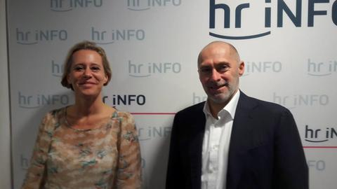 René Rock und Simone von der Forst im hr-iNFO-Studio