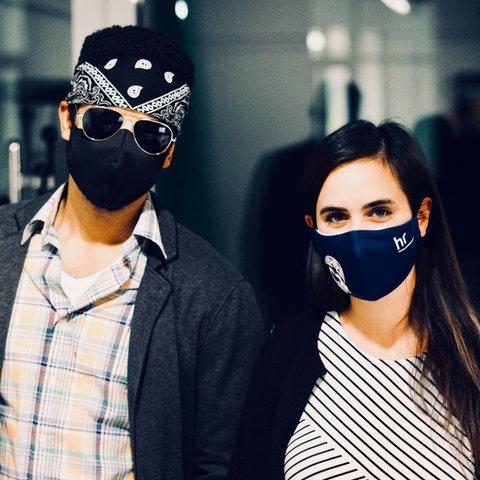 Sara Bhatti und Rapper SchwrzVyce