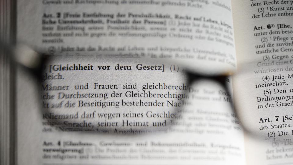 §3 Grundgesetz